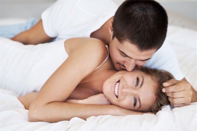 """Vợ nào cũng sẽ muốn """"chuyện ấy"""" nếu chồng thực sự hiểu và làm những điều này - Ảnh 1."""