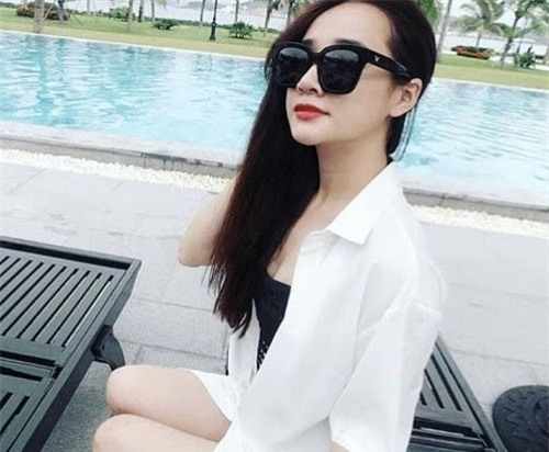 anh doi thuong tiet lo vong eo that cua nha phuong hinh anh 5