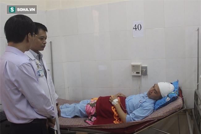 Bác sỹ bị người nhà đánh: Tôi đang giải thích thì bố cháu cầm cốc đánh luôn vào đầu - Ảnh 1.