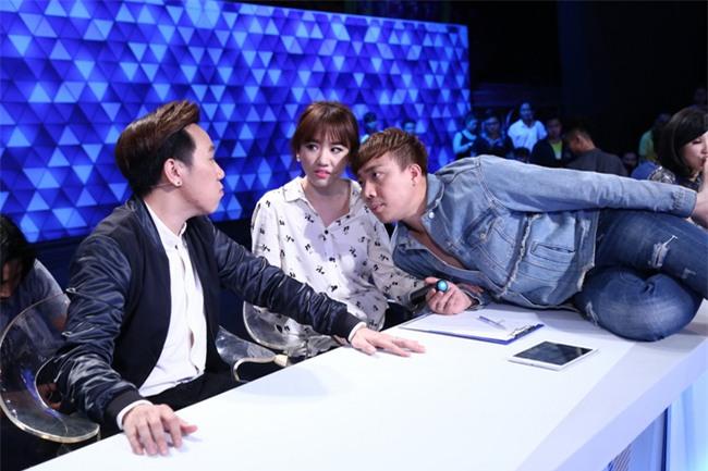 Trấn Thành gây sốc khi tuyên bố sẵn sàng bỏ Hari Won vì tiền - Ảnh 2.