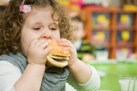 Trẻ nhỏ đã mắc gan nhiễm mỡ, dấu hiệu phát hiện sớm bệnh này - Ảnh 2.