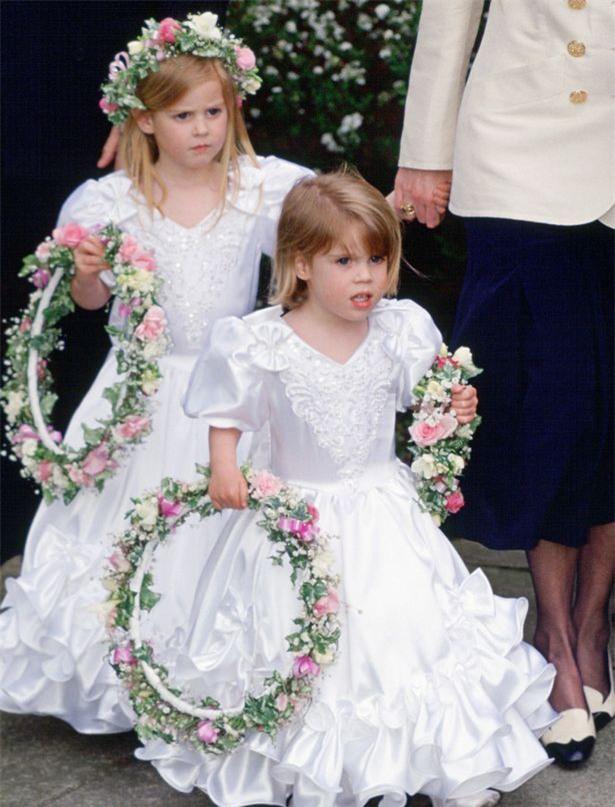 Hoàng tử nhí George và công chúa Charlotte háo hức làm phù dâu phù rể trong đám cưới hoàng gia - Ảnh 8.