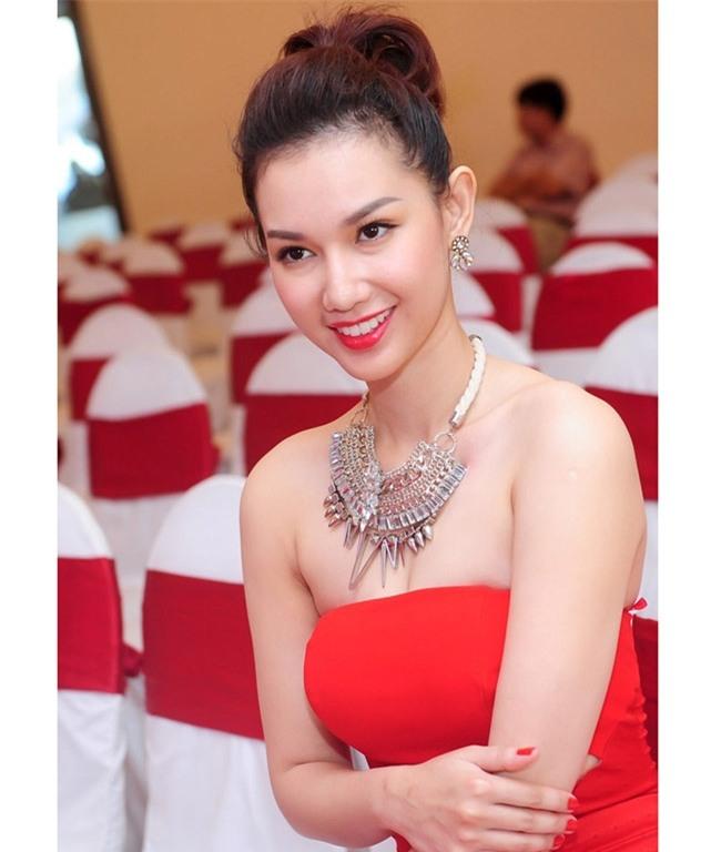"""mc quynh chi, diem huong """"roi tay"""" dai gia van nuot na, nong tung cm hinh anh 7"""