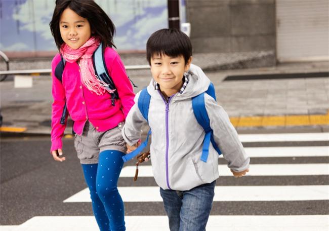 7 kỹ năng sống mọi đứa trẻ cần được dạy từ sớm - Ảnh 3.