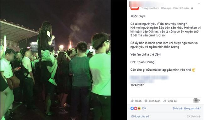 Bức ảnh chàng trai cõng người yêu xem ca nhạc khiến cộng đồng mạng dậy sóng - Ảnh 2.