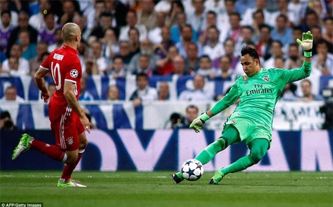 Trên Bernabeu, mỗi ngọn cỏ đều phải gọi tên Cristiano Ronaldo - Ảnh 11.