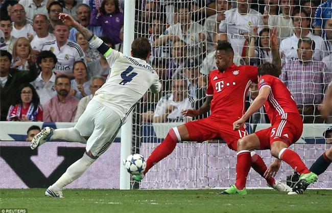 Trên Bernabeu, mỗi ngọn cỏ đều phải gọi tên Cristiano Ronaldo - Ảnh 14.