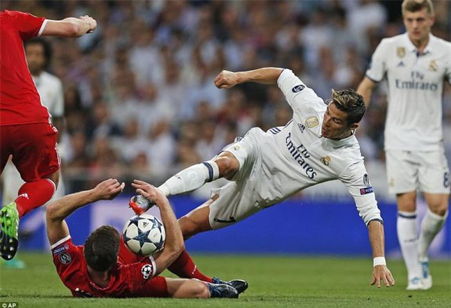 Trên Bernabeu, mỗi ngọn cỏ đều phải gọi tên Cristiano Ronaldo - Ảnh 19.