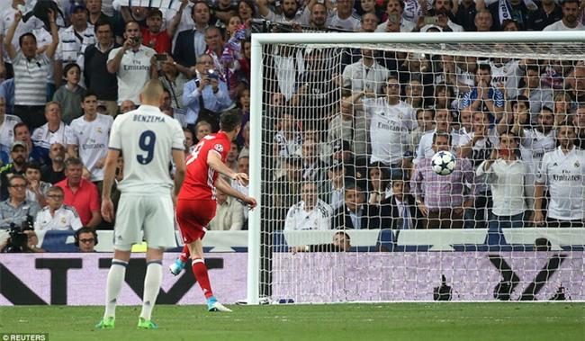 Trên Bernabeu, mỗi ngọn cỏ đều phải gọi tên Cristiano Ronaldo - Ảnh 23.