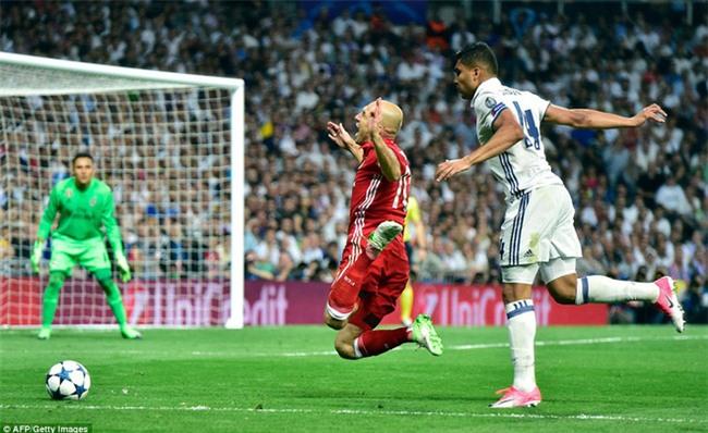 Trên Bernabeu, mỗi ngọn cỏ đều phải gọi tên Cristiano Ronaldo - Ảnh 25.