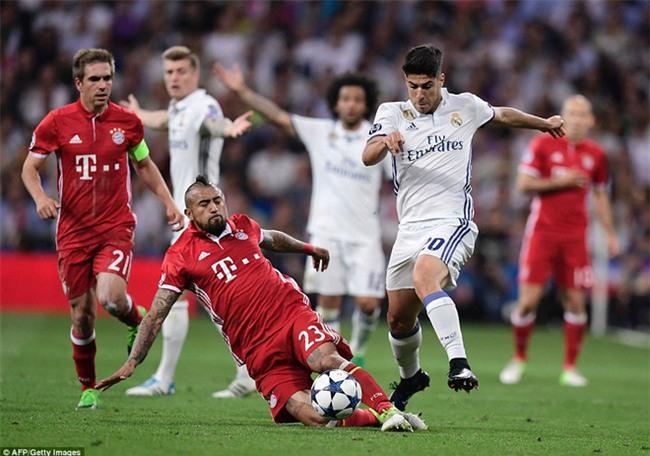 Trên Bernabeu, mỗi ngọn cỏ đều phải gọi tên Cristiano Ronaldo - Ảnh 34.