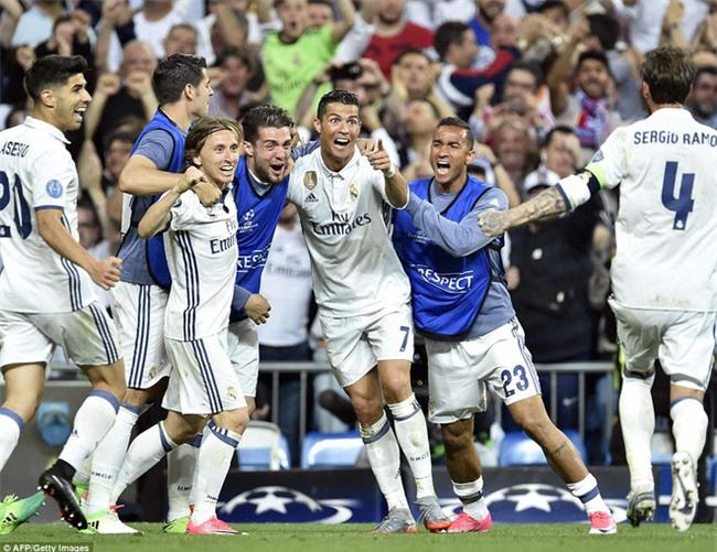 Trên Bernabeu, mỗi ngọn cỏ đều phải gọi tên Cristiano Ronaldo - Ảnh 38.