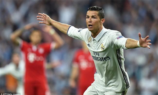 Trên Bernabeu, mỗi ngọn cỏ đều phải gọi tên Cristiano Ronaldo - Ảnh 39.