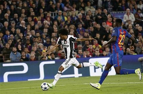 Nếu chính xác hơn, Juve đáng lẽ đã có bàn thắng rời Nou Camp