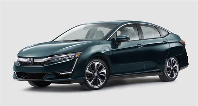 Honda hướng đến các sản phẩm thân thiện với môi trường, như sử dụng kết hợp pin nhiên liệu (Fuel Cell), pin điện (Battery Electric) và Plug-in Hybrid trên dòng xe Clarity mới.