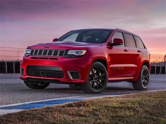 Jeep Grand Cherokee Trackhawk sở hữu động cơ Hell-cat công suất 707 mã lực là một trong những sản phẩm được quan tâm nhất tại New York Auto Show 2017.