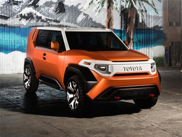 Trong khi đó, Toyota lại gây ấn tượng mạnh với chiếc concept SUV độc đáo FT-4X.