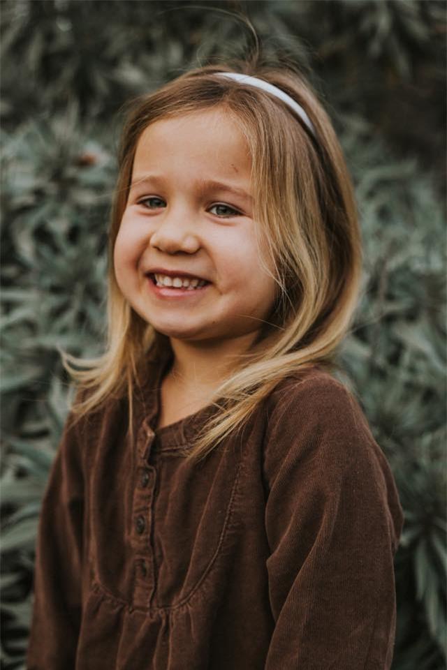 """Cô bé bỗng nổi như cồn trên mạng vì """"cấm"""" bố không được gọi mình là công chúa - Ảnh 8."""