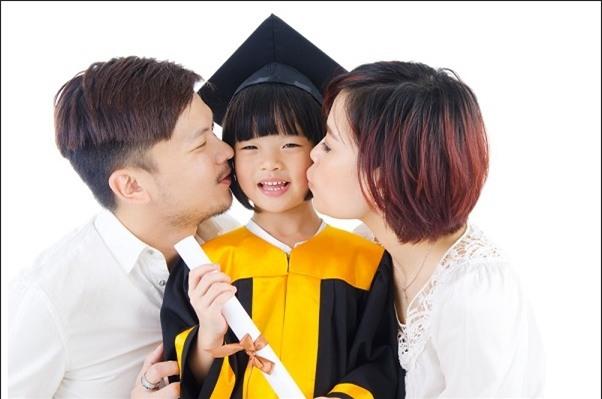 Những định hướng nuôi dạy con bố mẹ phải thay đổi ngay từ đầu để giúp trẻ thành công - Ảnh 1.