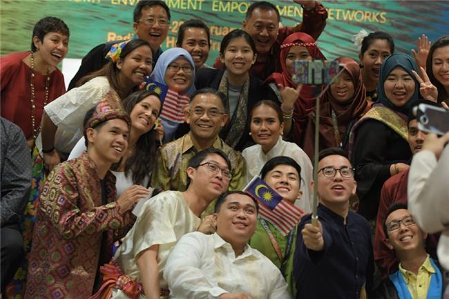 công dân toàn cầu, thủ khoa