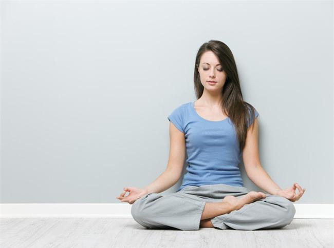 Nếu bạn chưa ngồi thiền, hãy thử dành 5 phút để cảm nhận những lợi ích tuyệt vời này - Ảnh 3.