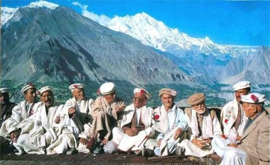 Hunzas là bộ tộc có nhiều người sống thọ, tuổi thọ trung bình ở đây là 120