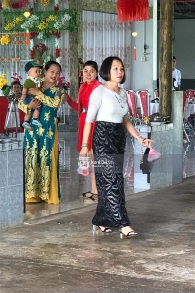 Không phải giỡn chơi hay quay MV, Khởi My - Kelvin Khánh đang làm đám hỏi tại nhà hàng ở Long Khánh! - Ảnh 3.