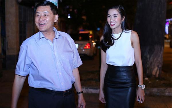 Johnathan Hạnh Nguyễn, bố chồng Hà Tăng, Tăng Thanh Hà, SASCO, Tràng Tiền Plaza