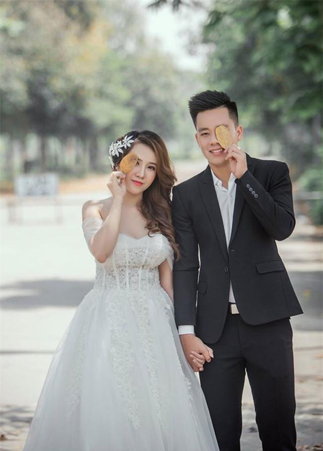 Sao V.League chụp ảnh cưới, đi du lịch... nhân dịp nghỉ dài ngày - Ảnh 4.