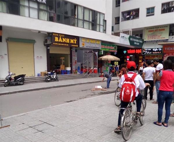 Hà Nội: Cô gái trẻ rơi từ tầng cao chung cư HH Linh Đàm xuống đất tử vong - Ảnh 1.