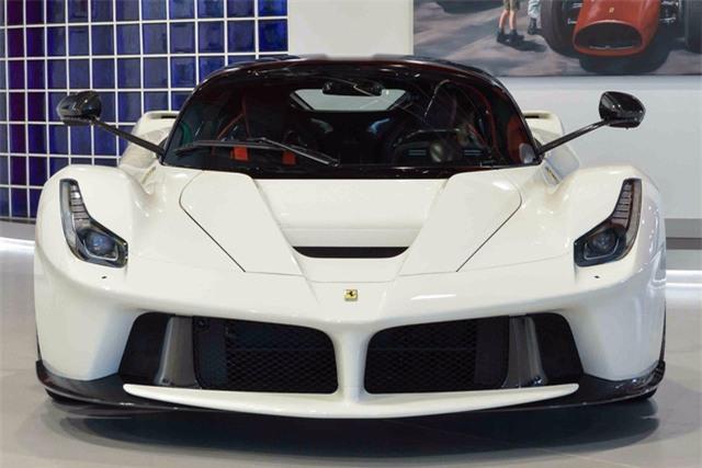 Đây là 2 chiếc Ferrari LaFerrari có giá điên rồ nhất thế giới, tổng giá trị gần 500 tỷ Đồng - Ảnh 3.