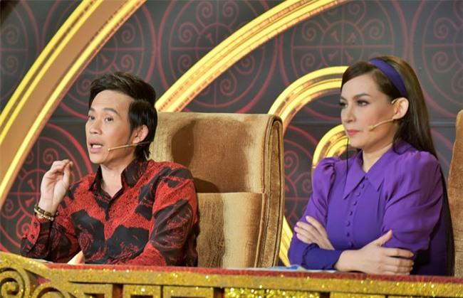"""Đây là người đẹp duy nhất dám """"nổi giận"""" với Hoài Linh trước trăm khán giả - 1"""