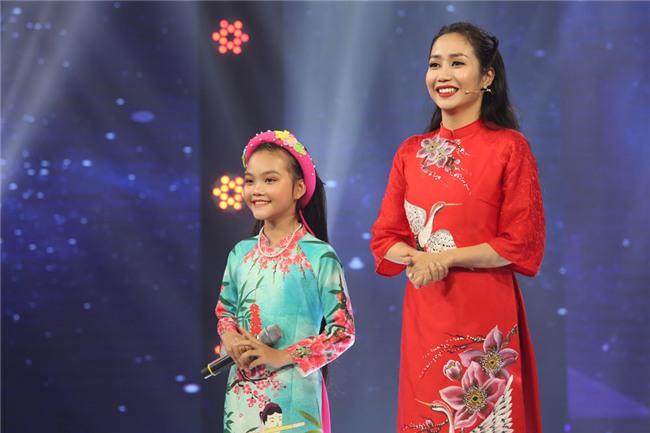 Be hat 'Mot khuc tam tinh nguoi Ha Tinh' duoc Quang Linh khen nuc no hinh anh 2
