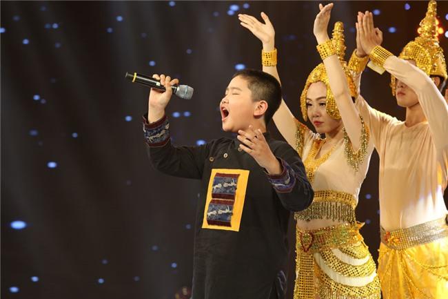 Be hat 'Mot khuc tam tinh nguoi Ha Tinh' duoc Quang Linh khen nuc no hinh anh 5