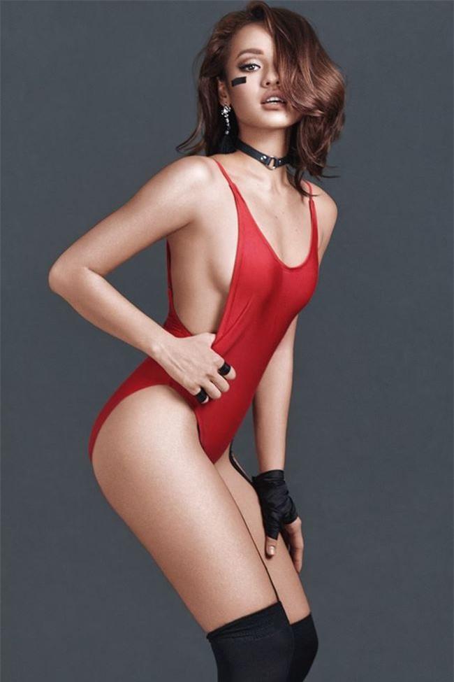 bi-che-dui-to-nhung-kieu-nu-viet-nay-van-mac-bikini-dep-sung-so-blogtamsuvn011
