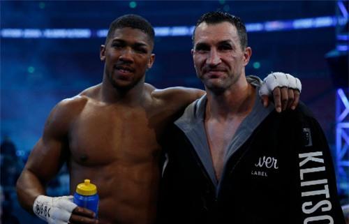 """Đấm gục """"Búa thép"""" Klitschko, Joshua đòi """"tẩn"""" Tyson Fury - 1"""