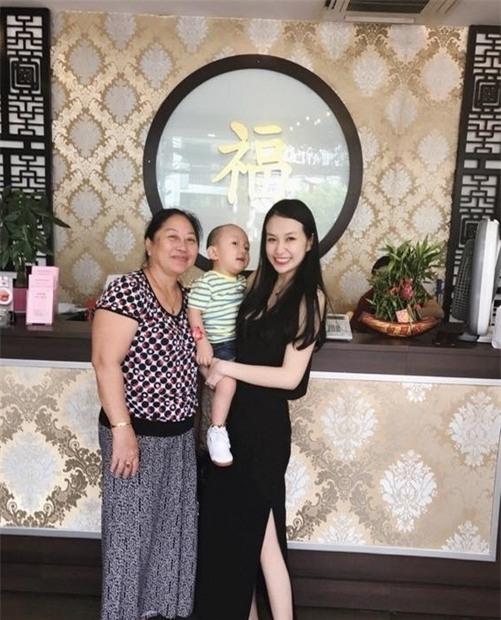 bà xã Tuấn Hưng, Hương Baby, Vợ chồng Tuấn Hưng, cuộc sống của vợ chồng Tuấn Hưng, sao Việt