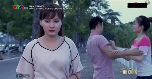 """6 tinh huong dang bi """"nem da"""" cua co con dau trong """"song chung voi me chong"""" - 7"""