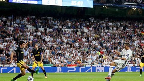Ronaldo hoàn tất cú hat-trick