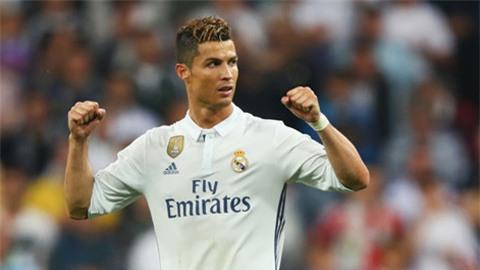 Ronaldo đi vào lịch sử sau cú hat-trick vào lưới Atletico