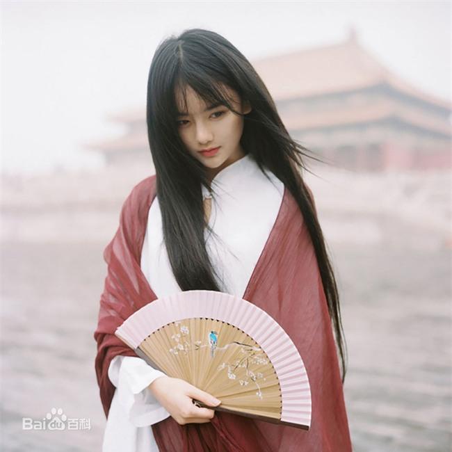 Nhan sắc vạn người mê của hot girl cổ trang số một Trung Quốc - Ảnh 2.