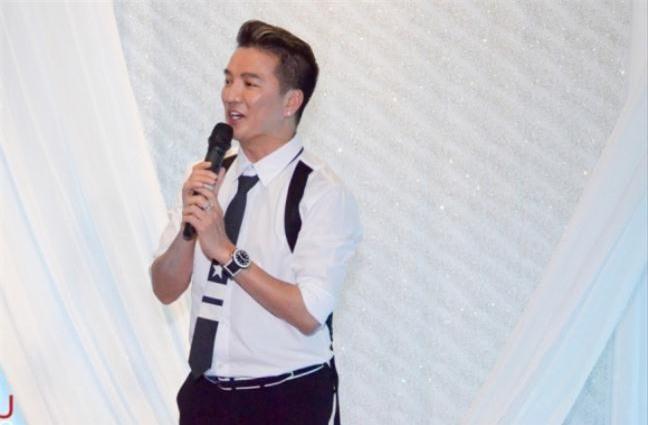 Dam Vinh Hung: 'Muon gi cu thua nhau ra toa di, ai song thi song, ai chet thi chet'