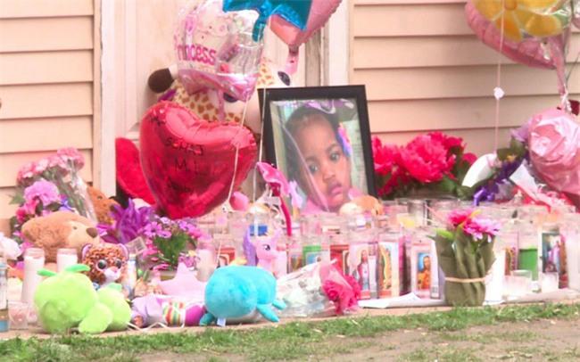 Mẹ bàng hoàng phát hiện thi thể con gái 16 tháng tuổi dưới ghế sau 30 giờ mất tích - Ảnh 5.