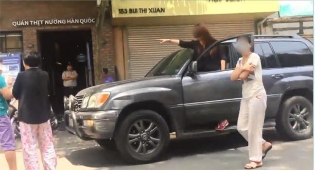 Vụ cô gái đi xe Lexus lớn tiếng cãi cọ sau va chạm với xe Morning: Anh ta không phải là sếp cũ của tôi như dân mạng đồn - Ảnh 3.