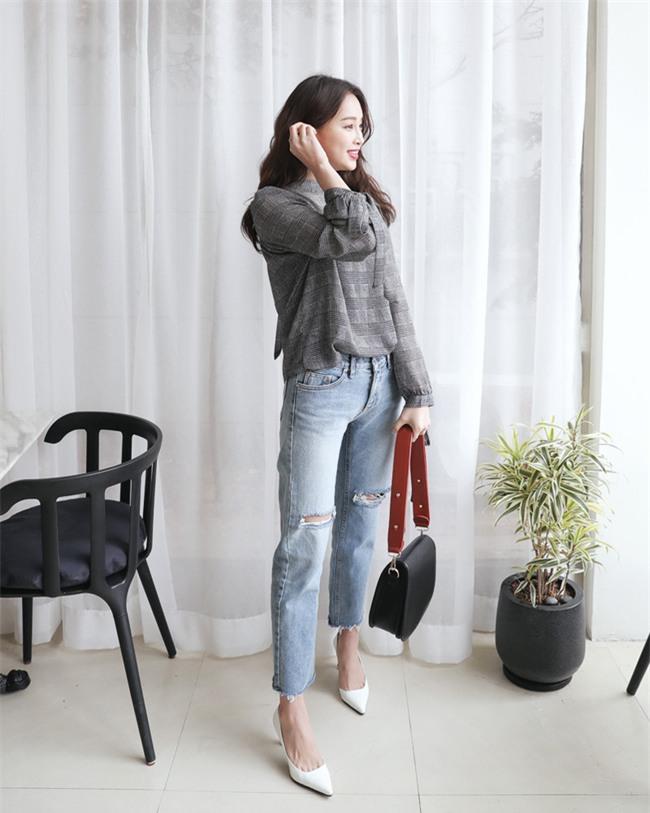 Có bao giờ bạn nghĩ quần jeans với giày cao gót lại hợp gu thế này? - Ảnh 24.