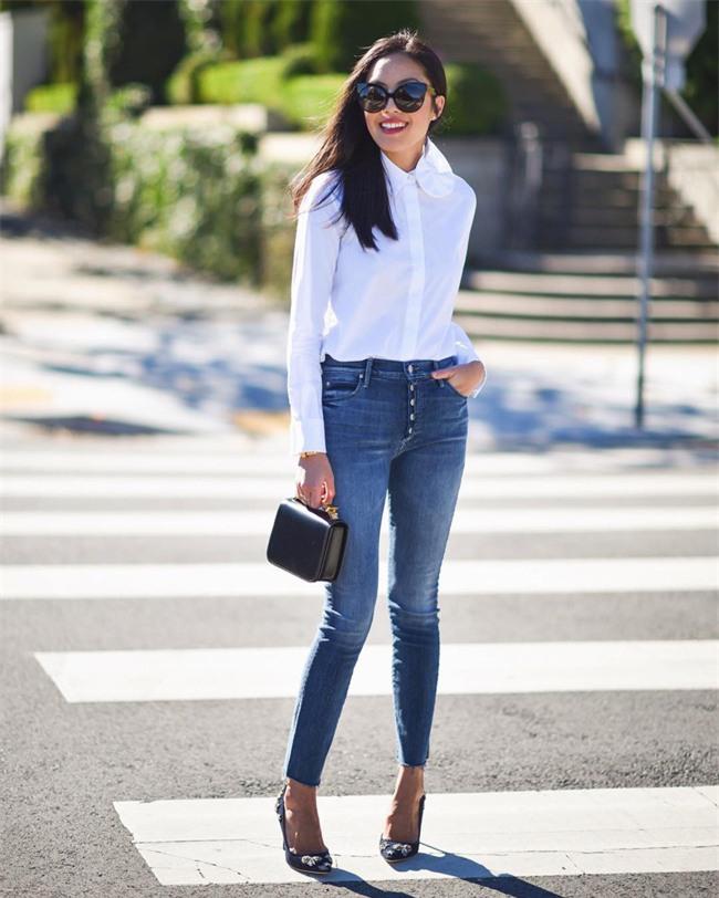 Có bao giờ bạn nghĩ quần jeans với giày cao gót lại hợp gu thế này? - Ảnh 3.