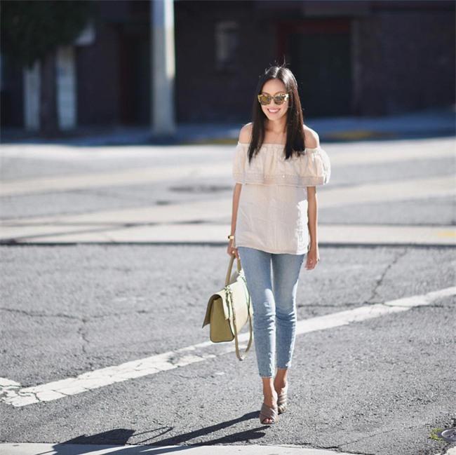 Có bao giờ bạn nghĩ quần jeans với giày cao gót lại hợp gu thế này? - Ảnh 4.