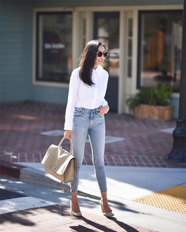 Có bao giờ bạn nghĩ quần jeans với giày cao gót lại hợp gu thế này? - Ảnh 5.