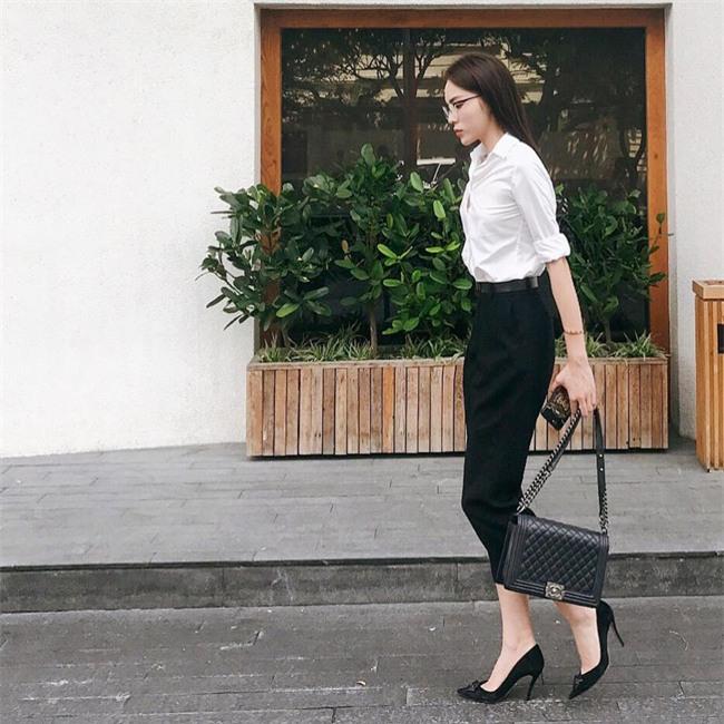 Phạm Hương, Thu Thảo, Kỳ Duyên: Hóa ra nghỉ lễ là dịp để các nàng Hậu khoe street style giản dị hết nấc! - Ảnh 3.