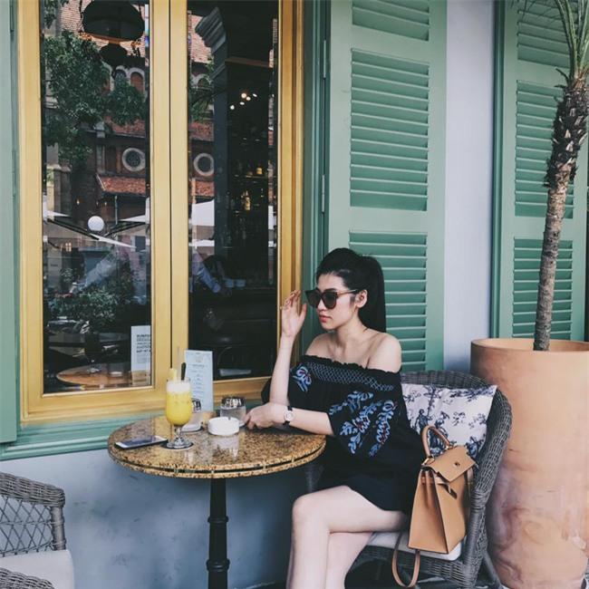 Phạm Hương, Thu Thảo, Kỳ Duyên: Hóa ra nghỉ lễ là dịp để các nàng Hậu khoe street style giản dị hết nấc! - Ảnh 8.